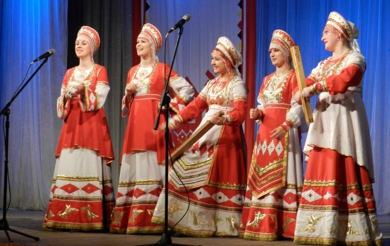 Певицы исполняющийе народные песни фото 510-72