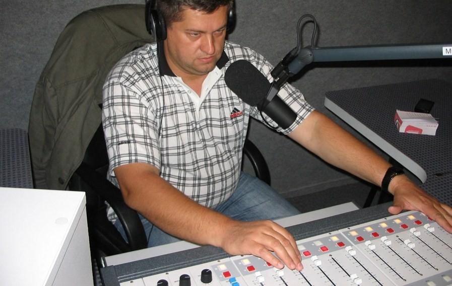 Музыка на радио и телевидении